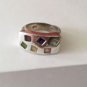 Jewelry - Sterling silver ring stones 7 1/2